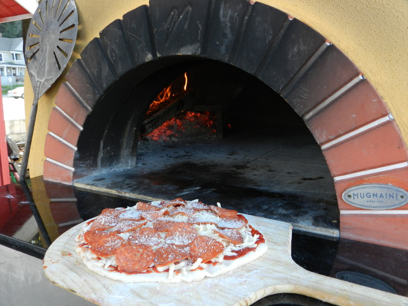 Fresh made wood-fired pizza in just minutes.